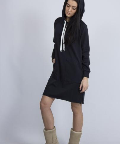Платье черное с капюшоном