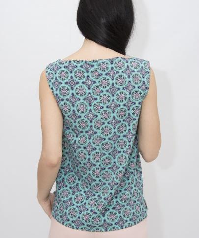 Блуза с геометрическим принтом